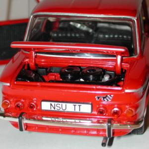 DSCN3229-hinten-motorraum